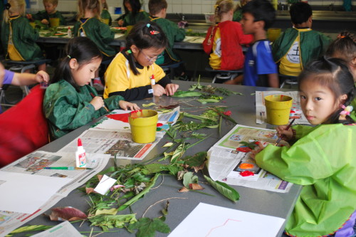 Plants provide for Y1 artists