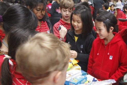 Chinese Flea Market raises funds for charity